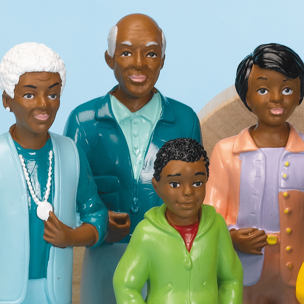 Pretend and Play Family, Black